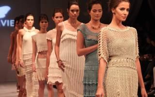 Вязаные летние платья крючком: великолепие и очарование ажурных узоров