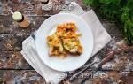 Сочный минтай в духовке с морковью и луком в сметане