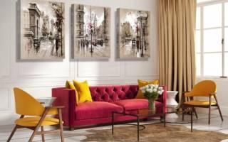 Картины в интерьере гостиной над диваном фото