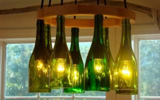 Декор стеклянной бутылочки. Вторая жизнь