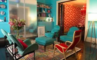 Гостиная с бирюзовым ковром
